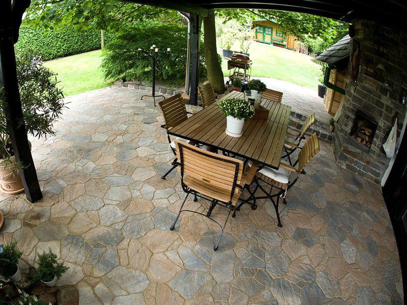 Terrassen - Lebensraum und Bereicherung - Ihr Gartengestalter in ...